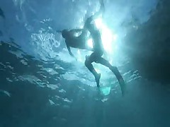 Seks pod gorjachej vodoj