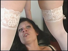 Lesbijskij BDSM s fejssittingom