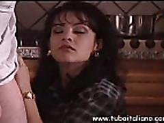 Klassicheskoe video anala s volosatoj kiskoj