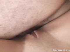 Дрочит член ручками перед анальным сексом
